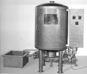 Bierfassreinigungsmaschine0001